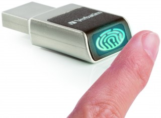 Biometric Secure 49337 Angled Lifestyle-DE.jpg